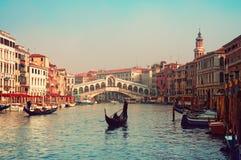 De Brug van Rialto, Venetië - Italië Stock Foto