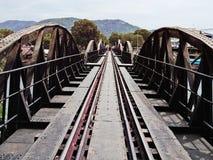 De Brug van rivierkwai in Kanchanaburi, Thailand Stock Afbeeldingen