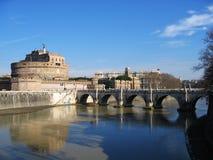 De brug van Rome fortess tiber stock foto's