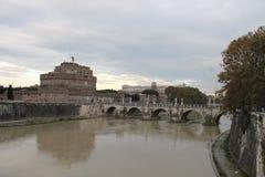 De brug van Rome ponte Umberto I Stock Afbeeldingen