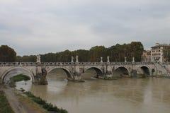 De brug van Rome ponte Umberto I Stock Foto's