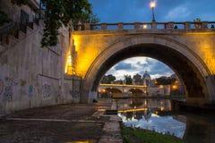 De brug van Sant Angelo van Ponte Stock Foto's