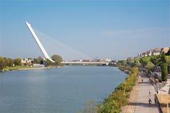 De brug van Sevilla - Alamillo Royalty-vrije Stock Fotografie