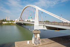 De brug van Sevilla - Barqueta- Royalty-vrije Stock Foto's