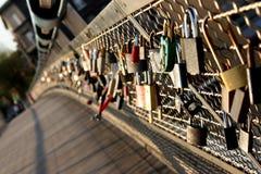 De brug van sloten Stock Afbeelding