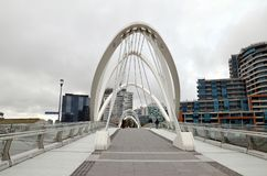 De brug van de Southgatevoet, de Stad van Melbourne, Victoria stock foto