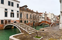 De bruggen van Venetië Castello Stock Foto