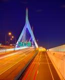 De brugzonsondergang van Boston Zakim in Massachusetts stock afbeelding