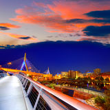 De brugzonsondergang van Boston Zakim in Massachusetts stock foto's