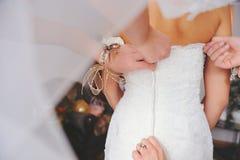 De bruid wordt klaar Stock Fotografie