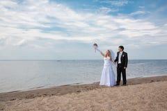 De bruidegom en de bruid Stock Afbeeldingen