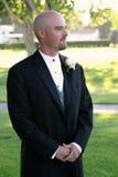 De Bruidegom van het huwelijk wacht Stock Foto's