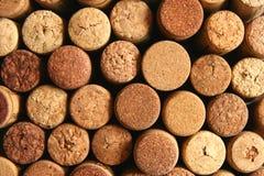 De bruine wijn kurkt Stock Foto