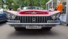 De Buick-auto bij de show van de auto's van inzamelingsretrofest Stock Fotografie