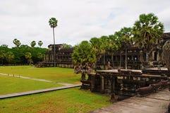 De buitengalerij van Angkor Wat, Siem oogst, Kambodja Grootste godsdienstig monument in wereld 162 6 hectaren royalty-vrije stock foto's