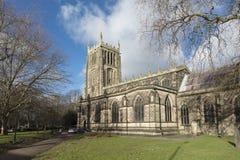 De buitenkant van Al Kerk van de Heiligenparochie, Loughborough, Leiceste royalty-vrije stock foto's