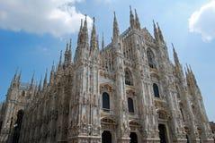 De buitenkant van de Kathedraal van Duomo, Milaan Royalty-vrije Stock Foto