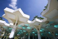 De Buitenkant van de moskee Royalty-vrije Stock Foto's