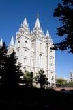 De buitenkant van de Tempel van Salt Lake stock afbeeldingen