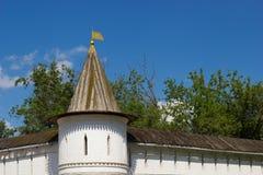 De buitenmuren van het Andronikovklooster, Moskou Royalty-vrije Stock Foto