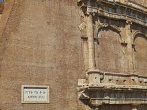 De buitenmuur van roman Colosseum Rome, Lazio, Italië Stock Foto