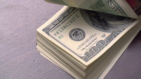 De bundel van Amerikaans USD-Geld is op Lijst stock footage
