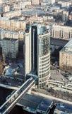 De bureaubouw die in de complexe Moskou-Stad werd voltooid stock foto