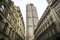 De bureaus Londen Engeland van de stadsstraat royalty-vrije stock afbeelding