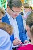 De burgemeester van de stad van Samara, Dmitry Azarov, besprekingen met de burgers van zijn stad stock fotografie