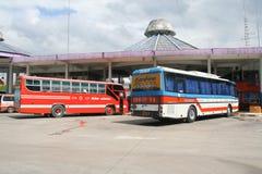De bus van het Vintourbedrijf Route Phitsanulok en Chiangmai Stock Fotografie
