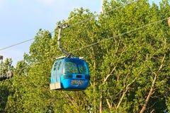 De cabine van de Banskokabelwagen in de zomer, Bulgarije Royalty-vrije Stock Afbeelding
