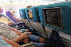 In de cabine van Boeing 777-200 Vlucht Antalya - Moskou in Juli 2017 Stock Foto