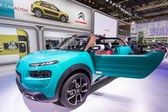 De Cactus M Concept Car van Citroën bij IAA 2015 Stock Foto's