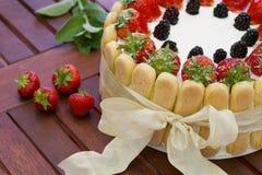 De cake van aardbeicharlotte Royalty-vrije Stock Fotografie