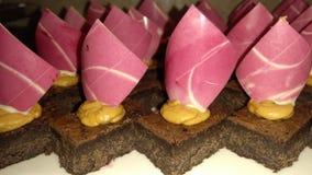 De cake van de browniepindakaas royalty-vrije stock fotografie