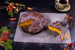De cake van de chocoladepompoen Stock Foto