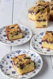 De Cake van de bosbessenkruimeltaart van boven verticaal Royalty-vrije Stock Fotografie
