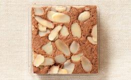 De cake van de brownie met amandel Royalty-vrije Stock Foto's