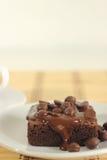 De cake van de chocolade een kop van koffie Royalty-vrije Stock Afbeeldingen