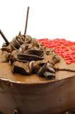 De cake van de chocolade met chocoladerozen Stock Afbeelding