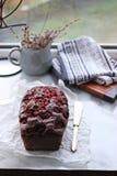 De Cake van de chocolade met Frambozen Stock Afbeeldingen