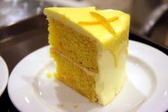 De cake van de citroen royalty-vrije stock fotografie
