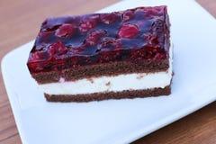 De cake van de framboos Royalty-vrije Stock Afbeeldingen