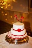 De cake van de huwelijksverjaardag Stock Afbeeldingen