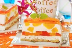 De cake van de perzik met gelei Royalty-vrije Stock Afbeeldingen