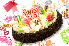 De cake van de verjaardag 16 jaar jubileum Stock Afbeeldingen