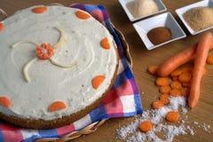 De Cake van de wortel Stock Afbeeldingen