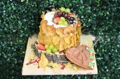 De cake van het fruithuwelijk Stock Afbeeldingen