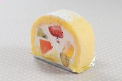 De cake van het het fruitbroodje van het seizoen Stock Foto's