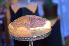 De cake van het zandpond op tazza Stock Afbeelding